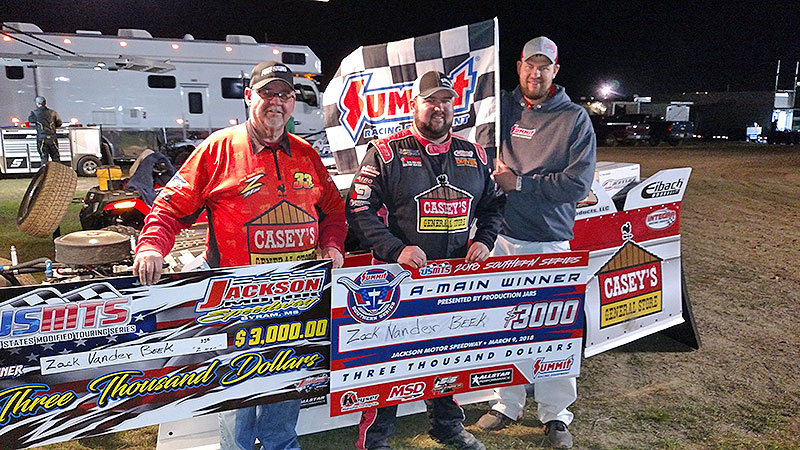 VanderBeek collects victory after Lee's setback at Jackson Motor Speedway